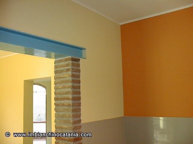 Bicolore pareti cucina pittura decorazione for Pittura pareti cucina